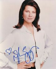 Daphne Zuniga signed 8x10 color photo
