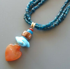 Collier ethnique pendentif coeur cornalines 3 rangs superposés turquoises