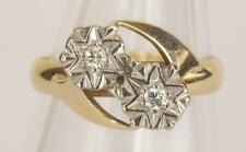 A SOLID 9ct GOLD NATURAL DIAMOND FANCY RING SIZE N/O (US 7)