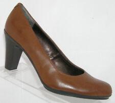 Mootsies Tootsies 'Cherise' brown round toe man made pump heel shoe 8M
