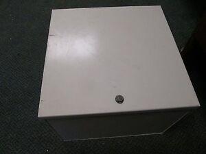 TCI V1000 KLC Output Filter V1K35A00 35A 600V 3Ph 50/60Hz Nema 1 Enclosure Used