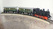 MARKLIN HO Vintage Train Set - track, transformer, loco & carriages AS NEW