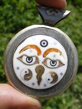 Vieux Pendentif Mandala Argent Coquillage et Bronze !! BUDDHA THIRD EYES !!