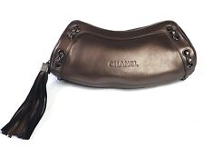 Sac grande pochette en cuir doré/mordoré CHANEL. Leather bag. Leder Tasche.