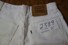 #2389 Levi's 920 Regular Fit women white jean shorts size 8 Petite.
