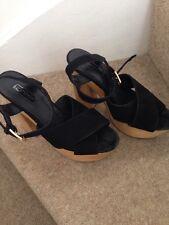 Topshop Black Suede Platform Sandals Size 4
