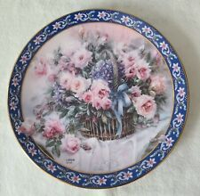 """1992 Lona Liu's Basket Bouquets First Issue """"Roses"""" Collector Plate"""