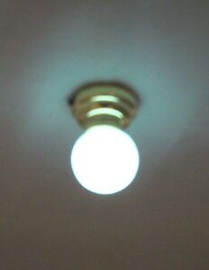 Light - LED Globe Ceiling Lamp 2337 replaceable battery dollhouse 1/12 scale
