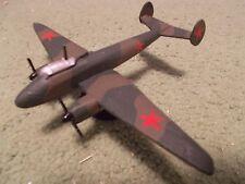 Built 1/144: Soviet PETLYAKOV PE-2 Aircraft USSR