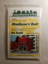 Smalltown USA #6004 - Madlene's Deli - HO Scale Building Kit