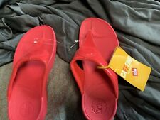 FITFLOP Women's Size 9 M  Red Thong Wedge Flip Flops Sandals. Super Comfortable