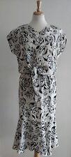 EZ TOWN Black & White Skirt Suit Sz L