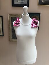 CAROLINA HERRERA White Sleeveless Top Pink Silk Floral Bows Size S Summer Party
