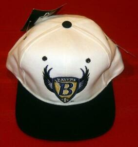NEW Old Stock Baltimore Ravens White/Black Starter Authentic NFL Snapback Hat