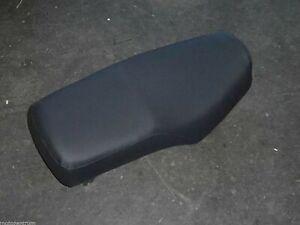 neu Sitzbankbezug Sitzbezug seat cover housse de siège schwarz SUZUKI GN 250 400