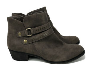 A.N.A A New Approach Womens Addie Taupe Ankle Boots Fashion, cognac, Size 10M