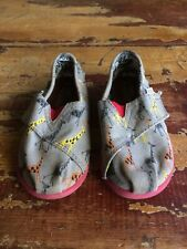TOMS Toddler Little Boys 8 24.5 Giraffes Fabric Easy-On Loafers Shoes 120811