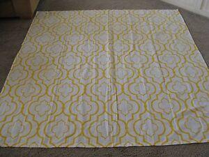 YELLOW & White  Geometric Pattern Fabric  Shower Curtain