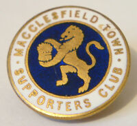 MACCLESFIELD TOWN FC Vintage SUPPORTERS CLUB Badge Brooch pin Gilt 25mm x 25mm