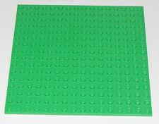 LEGO BRIGHT GREEN 16 X 16 DOT PLATES PLATFORM GRASS PIECE