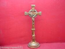 Joli ancien Christ, croix, crucifix, en régule cuivré