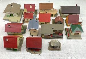 Lotto 15 case ed edifici vari Faller Lima Rivarossi