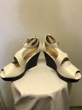 Agape Ladies Size 8 Wedge Shoes