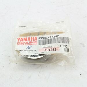 93306-30442 NOS Yamaha Bearing YFM250 RC100 RT180 YFM660 YZ80 Y961g