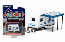 Greenlight Winnebago 216 Travel Trailer 1964 White and Blue 34020 C 1/64