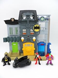 IMAGINEXT Gotham City P.D. Police Department from City Center playset DC Batman