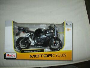 MAISTO  MINIATURE MOTO 1/12 HONDA CBR 1000 RR NOIRE