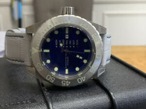 Android Divemaster Silverjet Vertical Day AD755 Blue Dial, Silvertone Watch