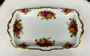 ROYAL ALBERT OLD COUNTRY ROSES SANDWICH TRAY VGC