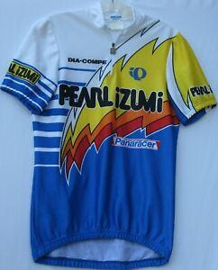 Pearl Izumi men's short sleeve cycling jersey with 3 back pockets size medium