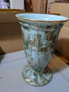Stunning Holland Quirky Art  Vase
