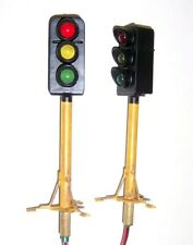 Pair of 1:32 Scale Gauge 1 Trackside 3 Aspect Signals Working Lights, 11cm High.