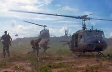 US Army Vietnam War Helicopters Soldiers 7x5 Inch Reprint Photo D