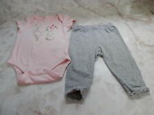 Baby Girl 0-3 Months Baby Gap Pink LOVE One Piece Romper & Gray Pants Outfit