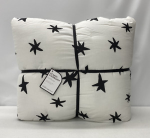 NEW Pottery Barn KIDS Scandi Starburst Reversible TWIN Comforter~Black & White