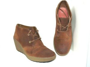 CLARKS Ladies Ankle Boots bootie Size 4 D NICE MELODY - Brown Suede Wedge Heel
