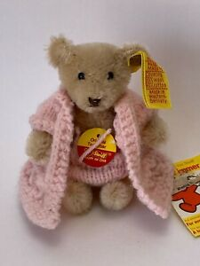 """STEIFF BLONDE 4"""" TEDDYBEAR with Knitted Outfit 0212/10"""