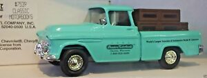 Ertl Chevy 1955 Cameo Pickup Truck Classic Motor Books 1:25 Scale Die Cast