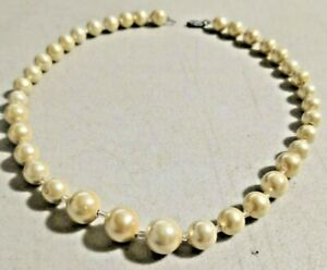 "VINTAGE 1960s JAPANESE Pearl tone BEADS 16"" Necklace NOS -- 4043"