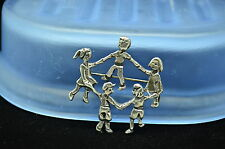 925 STERLING SILVER CHILDREN PLAYING GAMES PIN BROOCH #X-12879
