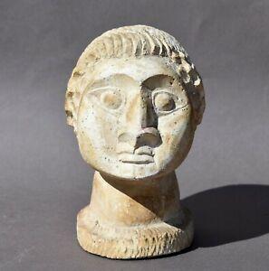 Sculpture en pierre calcaire - joli buste de personnage 20e siècle