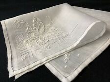 #6392🌟Gorgeous 40s Madeira Elaborate Butterfly Wedding Handkerchief