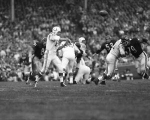 1967 Baltimore Colts JOHNNY UNITAS vs Bears Glossy 8x10 Photo Print Poster