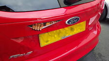 Diable DEMON peeking Monster Autocollant Voiture Badge décal. Drôle Cool FORD FOCUS RS ST