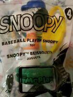MCDONALDS 2018 SNOOPY #4 BASEBALL PLAYER SNOOPY HAPPY MEAL TOY Peanuts Gang NIP