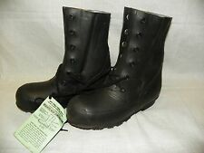 MICKEY MOUSE BOOTS GENUINE US  -20°  Valveless Cold Weather 8 Narrow New HOOD